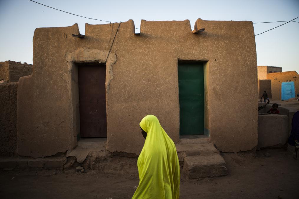 Desert crossroads - Agadez